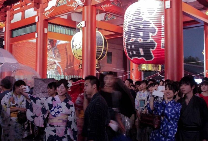 Asakusa_summer_festival_Tokyo_28