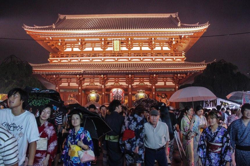 Asakusa_summer_festival_Tokyo_32